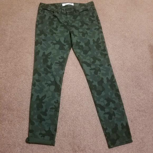 1944f3a2dfe82 Joe Fresh Jeans | Camo Skinny Nwot Sz 6 | Poshmark